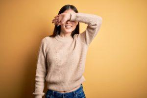 マッチングアプリで顔を隠した写真を使う