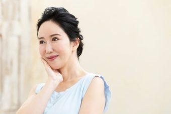 美しい日本人中年女性