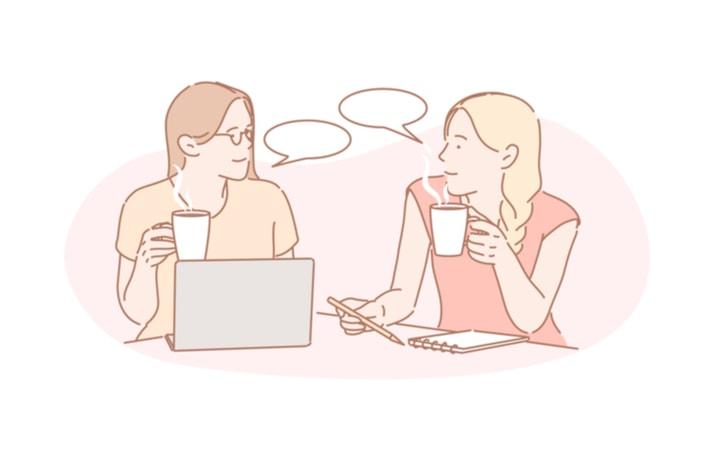 語り合う二人の女性