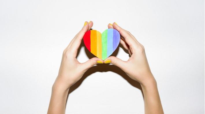 LGBT関連のワードを入れる