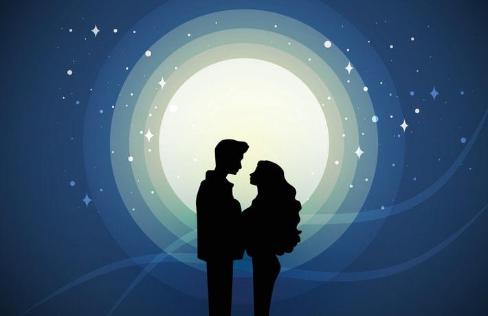 月明かりに照らされる男女のイラスト