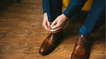 高級な革靴